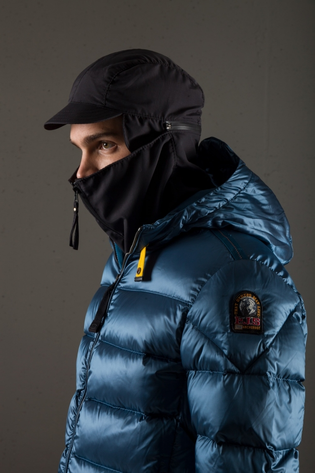 Parajumpers12