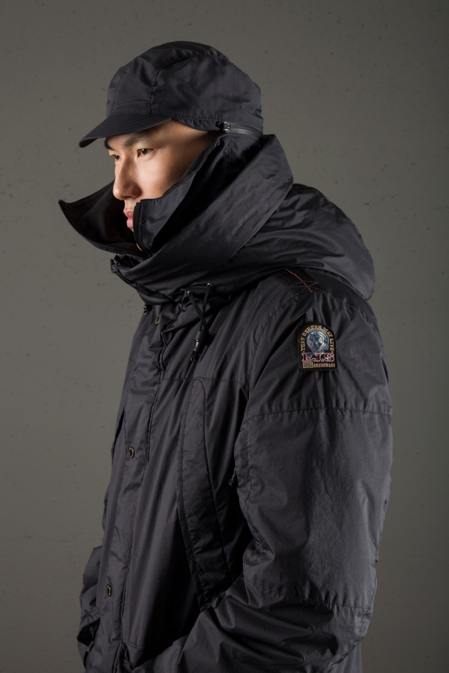 Parajumpers6