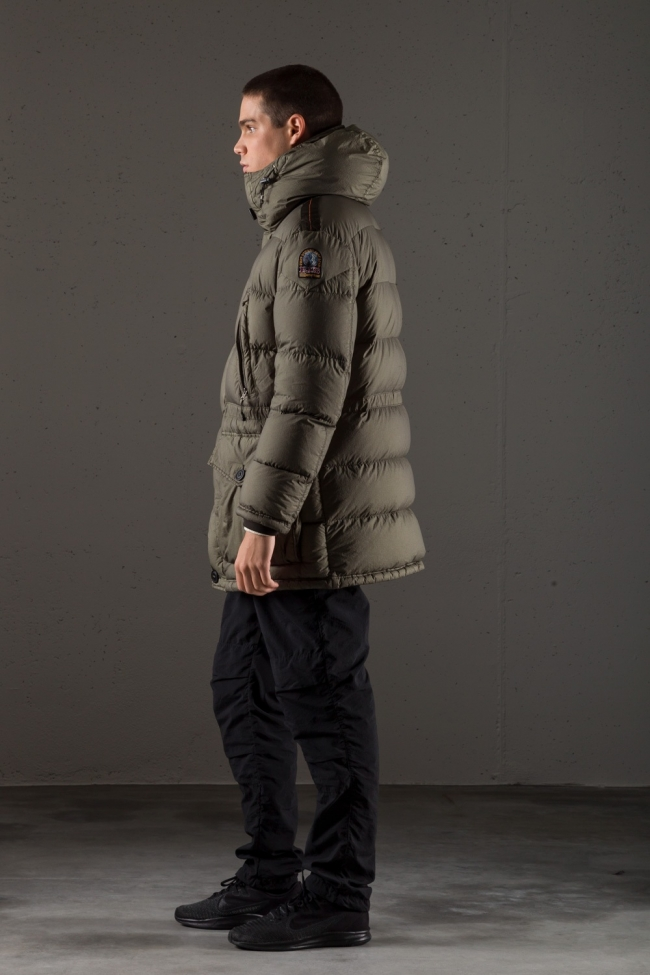 Parajumpers9